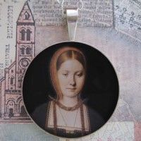 Young Catherine of Aragon Grandioso Sterling Pendant