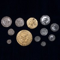 Tudor Coin Set