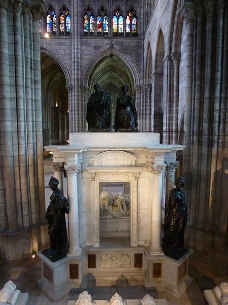 Mausoleum of Henry II and Catherine of Medici