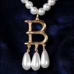 Anne Boleyn B Necklace Discounts May 2014