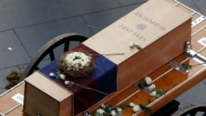 Richard III coffin BBC