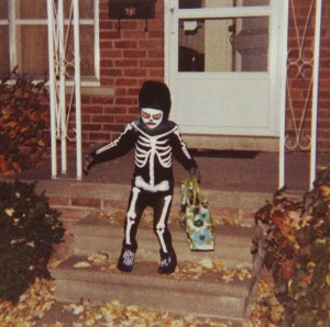 A modern trick or treater